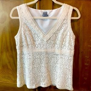 Ann Taylor Petites sleeveless lace top